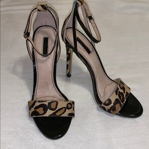 TOPSHOP Raphael Skinny Animal Print Sandals